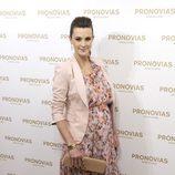 Astrid Klisans luce embarazo en un evento de Pronovias en Madrid