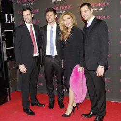 Norma Duval con sus hijos Cristian, Yelko y Marc