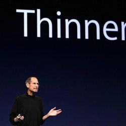 Steve Jobs en su penúltima presentación, el iPad 2
