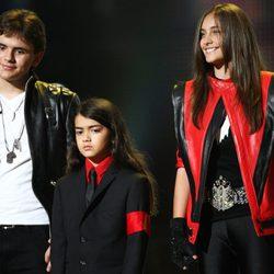 Los hijos de Michael Jackson en el concierto 'Michael Forever'