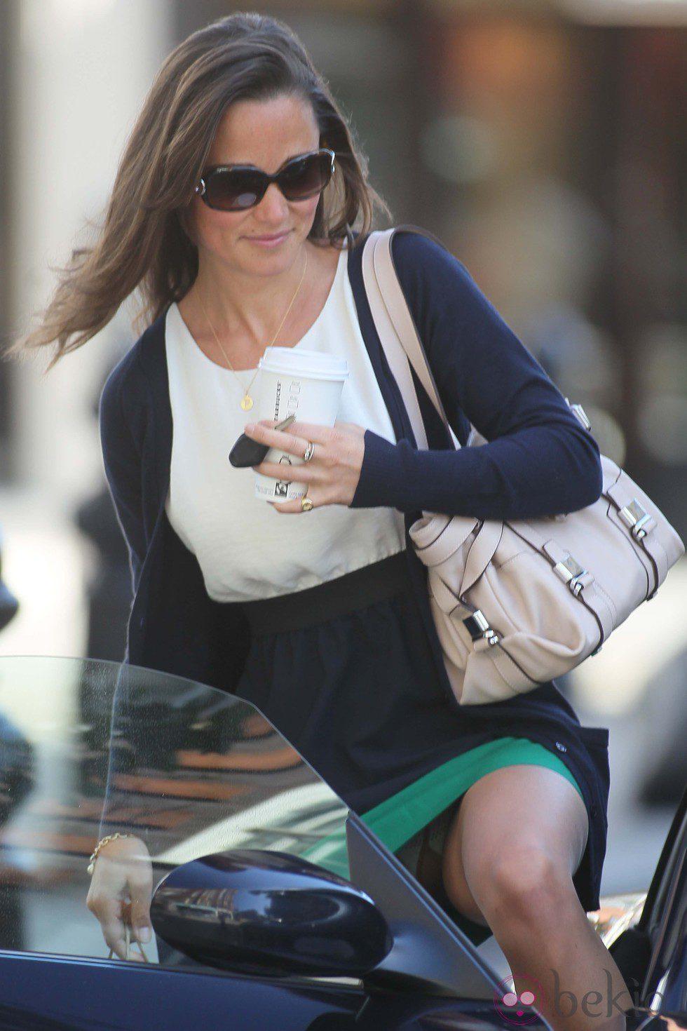 Descuidos de famosas: Pippa Middleton mostrando su ropa interior