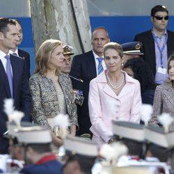 Los Duques de Palma, la Infanta Elena y la Princesa Letizia el Día de la Hispanidad 2011
