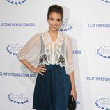 Jessica Alba en la fiesta de la Fundación Clinton