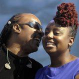 Stevie Wonder y Ledisi en la inauguración del monumento en memoria a Martin Luther King