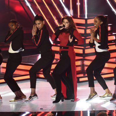 Meghan Trainor durante su actuación en los Premios iHeartRadio Music 2016