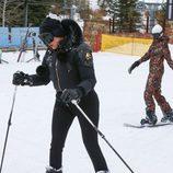 Khloe Kardashian y Kendall Jenner esquiando