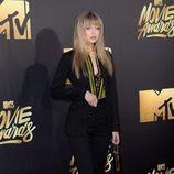 Gigi Hadid en alfombra roja de los MTV Movie Awards 2016