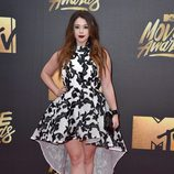 Jillian Rose Reed en alfombra roja de los MTV Movie Awards 2016