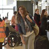 Lara Álvarez en el aeropuerto de Barajas para poner rumbo a 'Supervivientes 2016'
