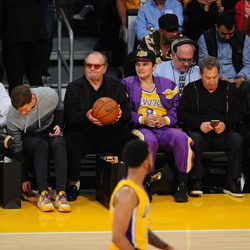 Jack Nicholson acude al último partido de Kobe Bryant en los Lakers
