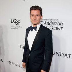 Orlando Bloom en la gala benéfica de la Fundación Parker en Los Ángeles