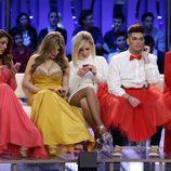Raquel Bollo, Charlotte Caniggia, Belén Roca, Sema y Rosa Benito con sus teléfono en la final de 'GH VIP 4'