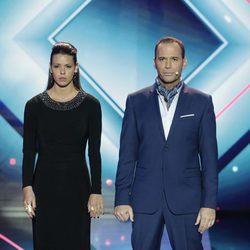 Laura Matamoros y Carlos Lozano esperando a conocer la decisión de la audiencia de 'GH VIP 4'