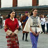 La Reina de Bhutan y la Duquesa de Cambridge
