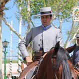 Fran Rivera montado a caballo en la Feria de Abril 2016