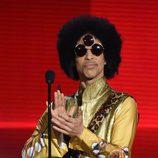 Prince durante los American Music Awards 2015