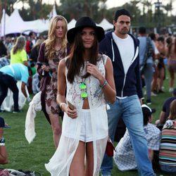 Sara Sampaio en el festival de Coachella 2016
