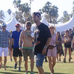 Patrick Schwarzenegger en el festival de Coachella 2016
