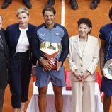 Los Príncipes Alberto y Charlene entregan a Rafa Nadal el trofeo del Masters 1000 Montecarlo 2016
