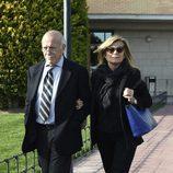 Carlos Goyanes y Cari Lapique en el funeral de Felicidad Salazar Simpson