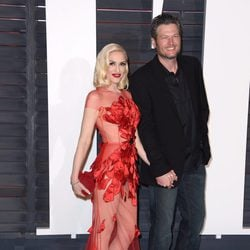 Blake Shelton y Gwen Stefani en la fiesta Vanity Fair 2016