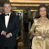 El Duque de York y la Reina Sofía en la gala por el centenario de la British-Spanish Society