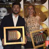 Miguel Poveda y Rocío Carrasco en la presentación del sello de Rocío Jurado