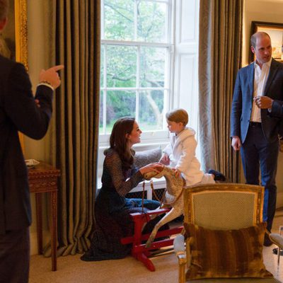 Los Duques de Cambridge, el Principe Jorge y el Príncipe Harry con los Obama en Kensington Palace
