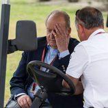 El Rey Juan Carlos, preocupado en el Circuito de Jerez de MotoGP