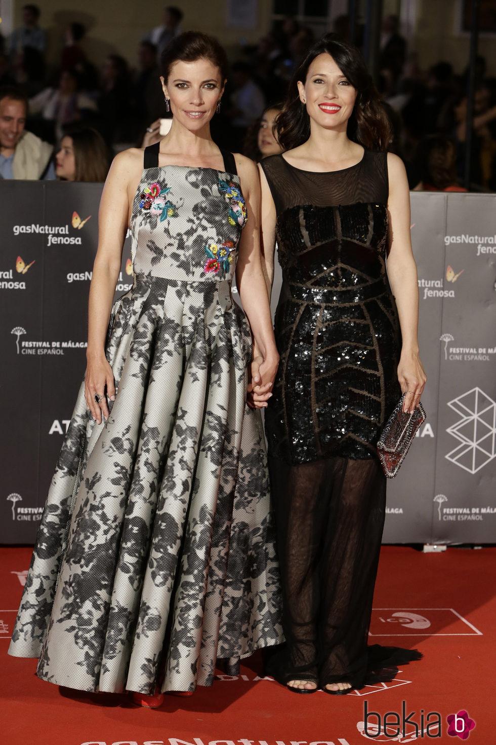 Maribel Verdú y Bárbara Goenaga  en la entrega del Premio Málaga Sur en el Festival de Málaga 2016