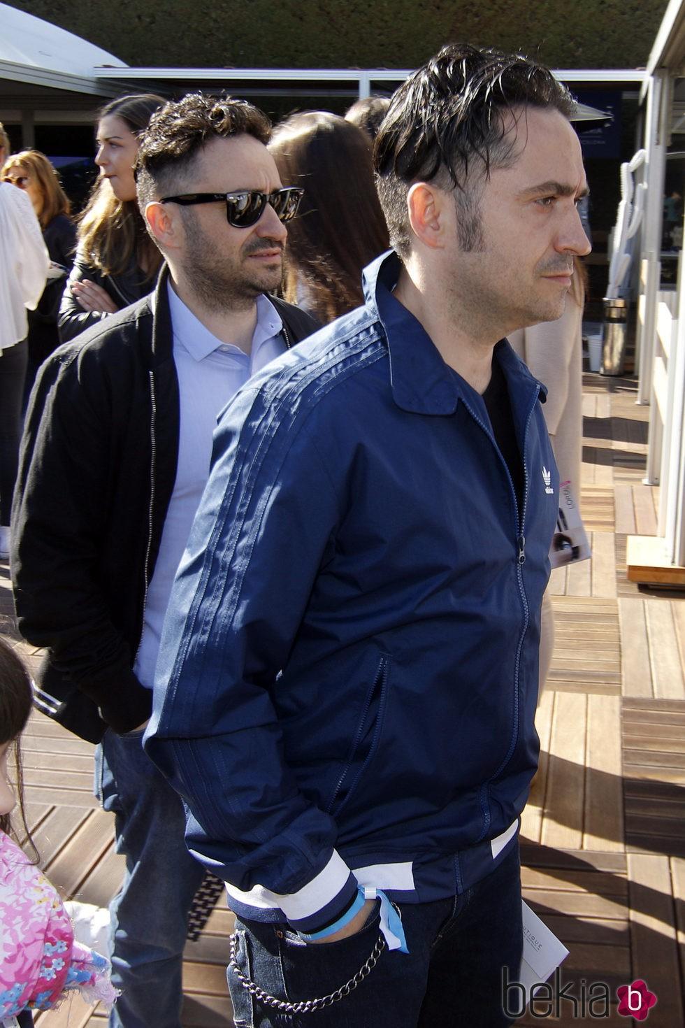 Juan Antonio Bayona y su hermano Carlos en la final del Conde de Godó 2016