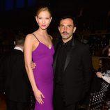 Karlie Kloss y Ricardo Tisci en la fiesta organizada por la revista Time en Nueva York