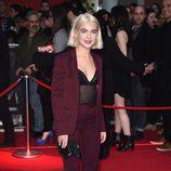 Jess Woodley en la premiere de la película 'Capitán América: Civil War' en Londres