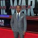 Anthony Mackie en la premiere de la película 'Capitán América: Civil War' en Londres