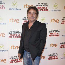 Eduard Fernández en la premiere de la película 'La noche que mi madre mató a mi padre' en Madrid