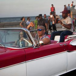 Vin Diesel y Michelle Rodriguez  en el rodaje de 'Fast & Furious 8' en Cuba