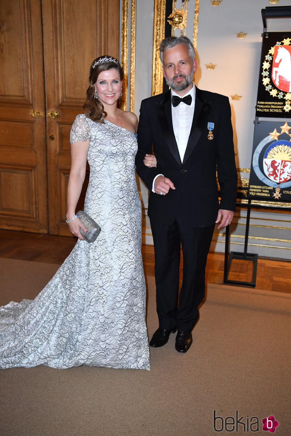 La Princesa Marta Luisa y Ari Behn de Noruega en la cena de gala en el 70 cumpleaños del Rey Gustavo de Suecia