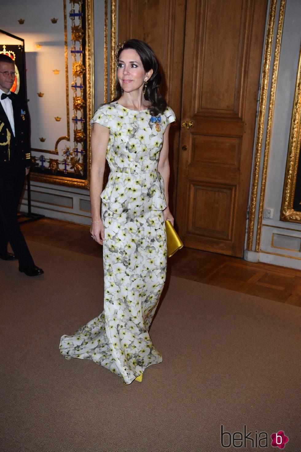 La Princesa Mary de Dinamarca en la cena de gala en el 70 cumpleaños del Rey Gustavo de Suecia