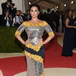 Demi Lovato en  la Gala Met 2016