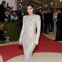 Kylie Jenner en  la Gala Met 2016