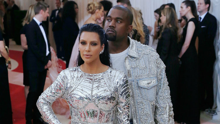 Kim Kardashian y Kanye West en la Gala Met 2016