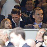 La Infanta Sofía y el Rey Felipe en el partido de Champions Real  Madrid-Manchester City