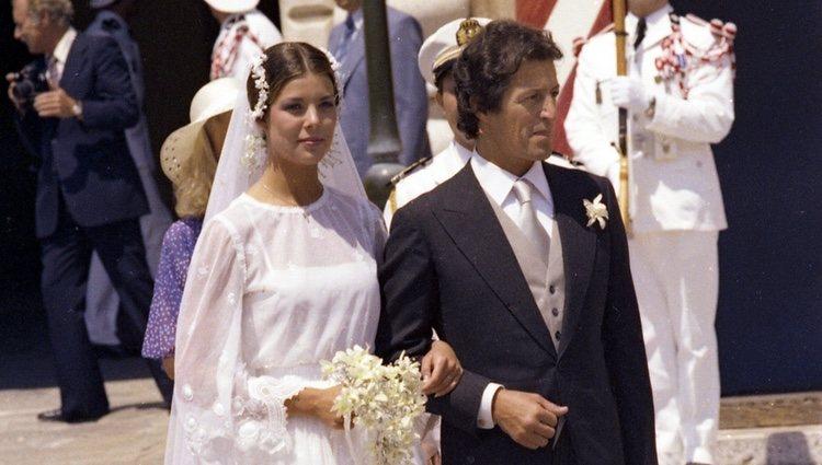 Carolina de Mónaco y Phillipe Junot en su boda