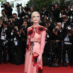 Kirsten Dunst en la apertura del Festival de Cannes 2016