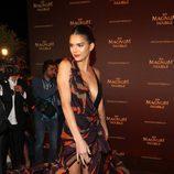 Kendall Jenner con un Versace en una fiesta de Magnum en el Festival de Cannes 2016