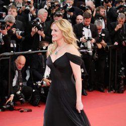 Julia Roberts con tacones en el Festival de Cannes 2016