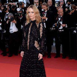 Vanessa Paradis en el estreno de 'Mal De Pierres' en Cannes 2016