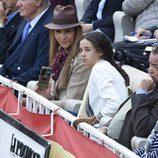 Victoria Federica y la Infanta Elena en la corrida de San Isidro 2016