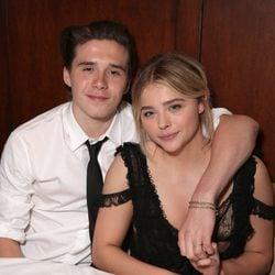 Chloe Moretz y Brooklyn Beckham en el after party de 'Malditos Vecinos 2'
