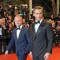 Chris Pine y Ben Foster en el Festival de Cannes 2016